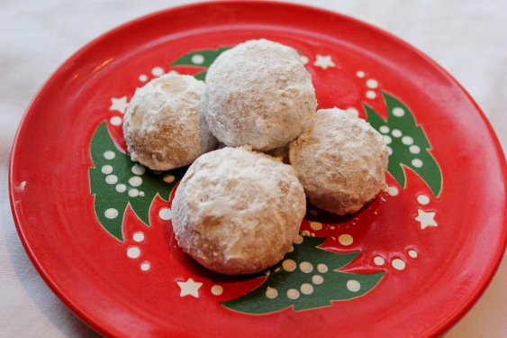 Cowlick Cottage Farm Baking For Christmas Mexican Wedding Cookies